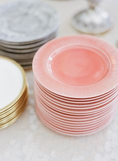Last-minute entertaining must-haves: colorful accessory plates
