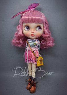 OOAK Custom Blythe Doll Ivanka con cuerpo por rabbitbearhouse