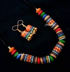 Terracotta Jewellery Making, Terracotta Jewellery Designs, Terracotta Earrings, Beaded Necklace Patterns, Jewelry Patterns, Funky Jewelry, Fabric Jewelry, Clay Beads, Polymer Clay Jewelry