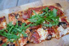 Smaksrik pizza med sunnere bunn