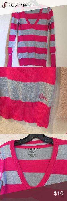 Aeropostale v neck stripped sweater GUC Aeropostale v neck stripped sweater GUC Aeropostale Sweaters