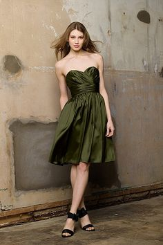in olive. This site also does not list prices. STILL AVAILABLE