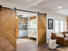 Now those are some barn doors. Modern and rustic. Nice.
