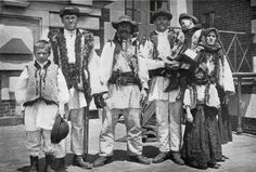 Roumanian Shepherd's Family as They Appeared on landing in New York