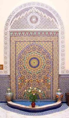 Every time I see something like this, I can't help but to think of the countless hours these Moroccan craftsmen must have spent assembling these gorgeous puzzle-like Zellige tile pieces to make up this absolutely stunning fountain. God bless them.
