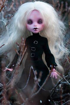 Albino goth vampire OOAK repaint custom Firexia art doll Monster high Elissabat  #Mattel #DollswithClothingAccessories