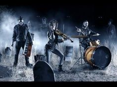 Lindsey Stirling is back with an awesome Halloween music video. Violin cover called Moon Trance....