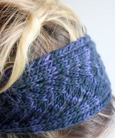 Free knitting pattern for Blue Leaf Headband - lace headband in worsted (pictured) or chunky yarn and more headband knitting patterns
