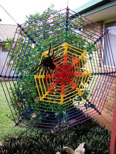 """this reminds me of the """"spiders on drugs"""" pictures from jr. high health books..."""