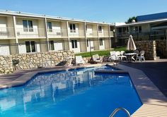 Affordable Pet Friendly Hotel In Independence Missouri Red Roof Inn Kc Sports Complex