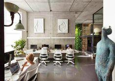 Oficina y Showroom Taller Arquitectura Sergey Makhno http://www.arquitexs.com/2014/09/Oficina-y-Showroom-Taller-Arquitectura-Sergey-Makhno.html