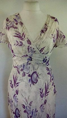 Vintage dress 90s Country Casuals cream lilac floral silk