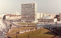 Germany - Berlin - Ost-Berlin East Berlin: Alexanderplatz; in the background: 'House of the Teacher'