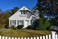 Four bedroom home sleeping 8 with central air conditioning! Located only mile to beach along Nantucket Sound!