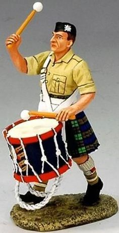 World War II British Army EA026E Army Musician Base Drummer - Made by King and Country Military Miniatures and Models. Factory made, hand assembled, painted and boxed in a padded decorative box. Excellent gift for the enthusiast.