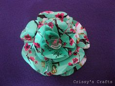 soda cans flowers, picture tutorial.  Crissy's Crafts: Metal Flowers Picture Tutorial