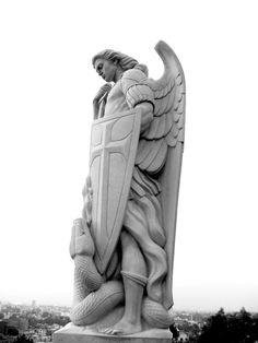 Arcangel San Miguel - Ernesto Tamariz