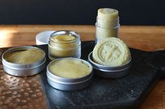 Make 5 healing salves in one afternoon with the weeds from your garden to treat bug bites, chapped skin, sunburn, sore muscles, and bruises. Les Muscles Endoloris, Sore Muscles, Natural Medicine, Herbal Medicine, Natural Healing, Natural Cures, Natural Soaps, Natural Products, Beauty Products