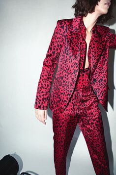 Robert Rodriguez Studio Red Leopard Pant     Use promo code CYBERMONDAY2018 for 60% off! TODAY ONLY #RobertRodriguez #cybermonday Leopard Blazer, Red Leopard, Work Fashion, Fashion Outfits, Devil Costume, Printed Blazer, Glam Rock, Celeb Style, Fall 2018