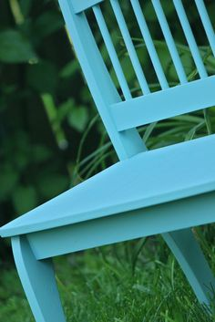 Smashed Peas and Carrots: Furniture Rehab: Painting Over Varnished Wood - No sanding!!!!