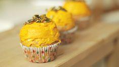 Dýňové muffiny s krémem a špetkou skořice Pesto, Breakfast, Food, Morning Coffee, Essen, Meals, Yemek, Eten