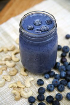 Sweet and creamy and such a gorgeous vibrant color, this breakfast smoothie will remind you of cheesecake drizzled with blueberries.