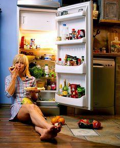 Чтобы уменьшить вероятность развития разнообразных заболеваний, необходимо отказаться от употребления натощак некоторых продуктов. Специалисты утверждают, что натощак не стоит употреблять апельсины, хурму, бананы, помидоры и целый ряд других продуктов. Апельсины попали в этот список по той причине, что эти фрукты могут провоцировать развитие аллергии и гастрита. Хурма и помидоры содержат большое количество пектина и дубильной кислоты, из-за которых образуется желудочный камень. А бананы…