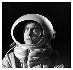 50s Sci-Fi Astronaut (page 5) - Pics about space