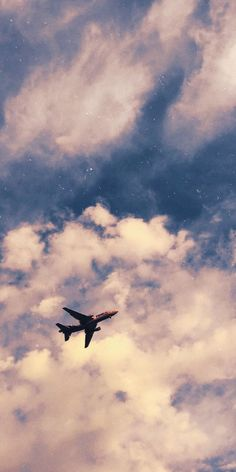 Airplane Wallpaper, Night Sky Wallpaper, Iphone Wallpaper Tumblr Aesthetic, Iphone Background Wallpaper, Scenery Wallpaper, Aesthetic Pastel Wallpaper, Tumblr Wallpaper, Aesthetic Backgrounds, Nature Wallpaper