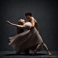Jennifer Lauren and Kleber Rebello, Miami City Ballet - © NYC Dance Project (Deborah Ory and Ken Browar) Ballet Nyc, City Ballet, Royal Ballet, Ballet Dancers, Tango Dancers, Alvin Ailey, Modern Dance, Contemporary Dance, Dance Photography Poses