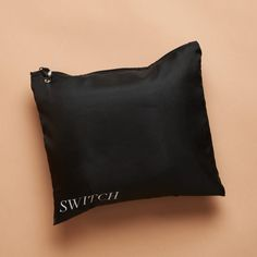Switch offers brand name luxury jewelry for a fraction of the cost. Whether you love designer logos, statement-making jewelry, or just high-quality pieces, you'll find something to love in this jewelry rental service! The post Switch Designer Jewelry Rental Review + 50% Off Coupon - August 2020 first appeared on My Subscription Addiction.