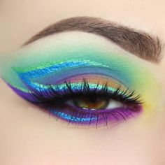 All @suvabeauty @suvabeauty products all shadows from cupcakes and monsters pallet two hydra liners in colors blue steel and fantasy eyeland I also used @jeffreestarcosmetics @jeffreestar I'm royalty as a liner. Lashes are @five11_cosmetics Isabella @makeupaddictioncosmetics brushes  by giuliannaa You can follow me at @JayneKitsch