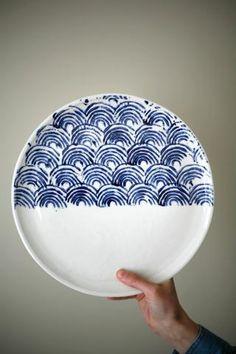 Artet Manufacture - Plateau de service Large Ceramic Swirl Plate II Onyx Creative