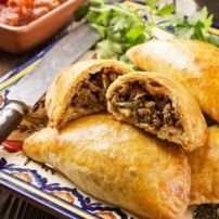 Mexican beef empanadas are tasty stuffed pastry pockets you can eat any time of the day. You can even serve them as appetizers for your dinner party. Beef Recipes For Dinner, Meat Recipes, Mexican Food Recipes, Cooking Recipes, Ethnic Recipes, Mexican Cooking, Beef Dishes, Food Dishes, Main Dishes