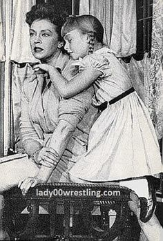 The Bad Seed, is a living doll in the wrestling ring of life and will hit you over and over and over just like a girl wrestler Scary Movies, Old Movies, Vintage Movies, Horror Movies, The Bad Seed, Old Shows, Women's Wrestling, Living Dolls, Tv Times