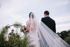 Vestido de Noiva - Decote nas Costas