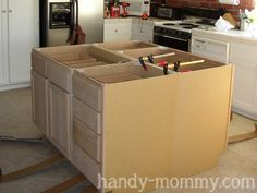 Handy Mommy: DIY Kitchen Island. Except, with a butchers block countertop.