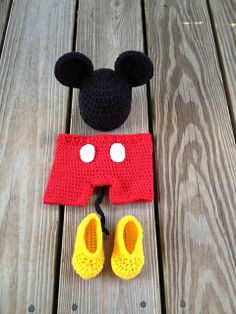 © Bizee B Boutique ~ Mouse Outfit  by Bizee B Boutique ~ I can imagine how cute photos would be in this!
