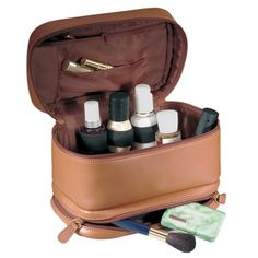 Personalized Toiletry Bag for Women --Over at Gemoutlook.com people may experience the actual excitement of buying a outstanding leather bags.