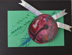 Fine Lines: November Tints and shades with pastel, cut out sphere, glue onto complementary colored paper, add black with oil pastel. Pine needles made with the edge of scrap cardboard dipped in green paint. Christmas Art Projects, School Art Projects, Christmas Stuff, School Ideas, Christmas Ideas, 5th Grade Art, Fourth Grade, Second Grade, Grade 3