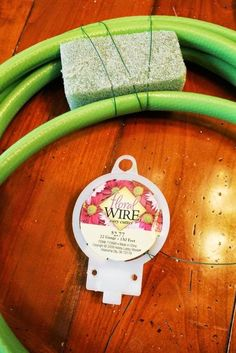 Miss Kopy Kat: Tips For Making A Garden Hose Wreath You are in the right place about DIY Wreath halloween Here we offer you the most beautiful pictures about the DIY Wreath indoor you are looking for. Wreath Crafts, Diy Wreath, Wreath Ideas, Wreath Making, Tulle Wreath, Burlap Wreaths, Front Door Decor, Wreaths For Front Door, Garden Hose Wreath
