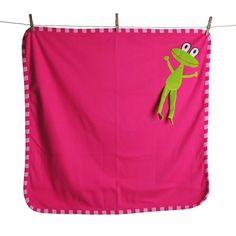 Lipfish blanket Frog fuchsia