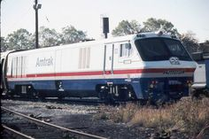 (M492LRC).  Amtrak #38 & #(39)  Montreal Locomotive Works  M492LRC trainset Leased and ran from 1980-82 then returned to Bombardier.