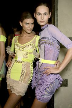 Christopher Kane, SS07. Pale yellow and lavender.