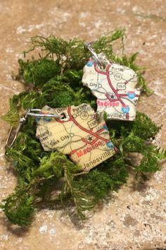 Wisconsin state earrings travel by bethebridge on Etsy