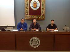 Junto a David Juárez y Fabián Villena antes de la presentación de algunos proyectos finales de la III Edición del Master en Dirección de Marketing y Comunicación Empresarial UPV (MACOM)