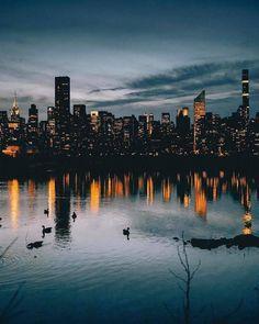"Fubiz on Twitter: ""Dazzling Light of Skycrappers in the Queens, New York by @kosten  #fubiz #newyork #photographs #fubiztravel  Menti… https://t.co/wtdsv66eyr… https://t.co/NBE8WyMbKu"""
