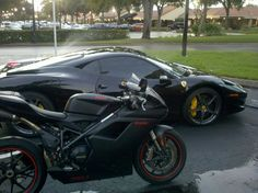 Ducati 848 EVO and Ferrari.