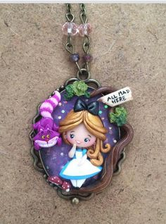 Polymer Clay Pendant, Fimo Clay, Polymer Clay Crafts, Polymer Clay Jewelry, Palmer Clay, Polymer Clay Disney, Diy Cardboard Furniture, Clay Keychain, Disney Necklace