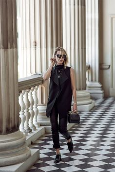 Blouse with sleeves, cropped black and brogues                                                                                                                                                                                 More